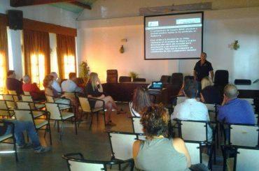 El paro baja en Casares en 30 personas durante el mes de agosto.