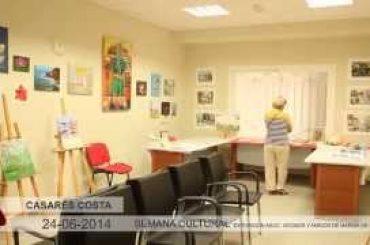 VÍDEO: Exposición de manualidades y pintura de la Asociación de Vecinos y Amigos de Marina de Casares