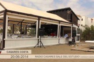 """VÍDEO: Programa especial de """"La voz de la mañana"""" desde el Chiringuito de Marina de Casares"""