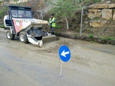 El alcalde y la concejala visitan las urbanizaciones afectadas por el temporal de lluvias