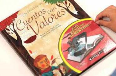 Biblioteca de Verano | 'El Día que se Perdió el Amor', 'El Gran Libro de Cuentos con Valores' y 'La Sonrisa Etrusca'