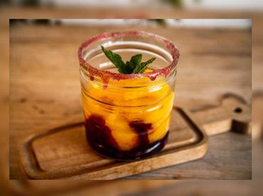 Cocina de verano   Caipiroska de Mango con Frutos Rojos